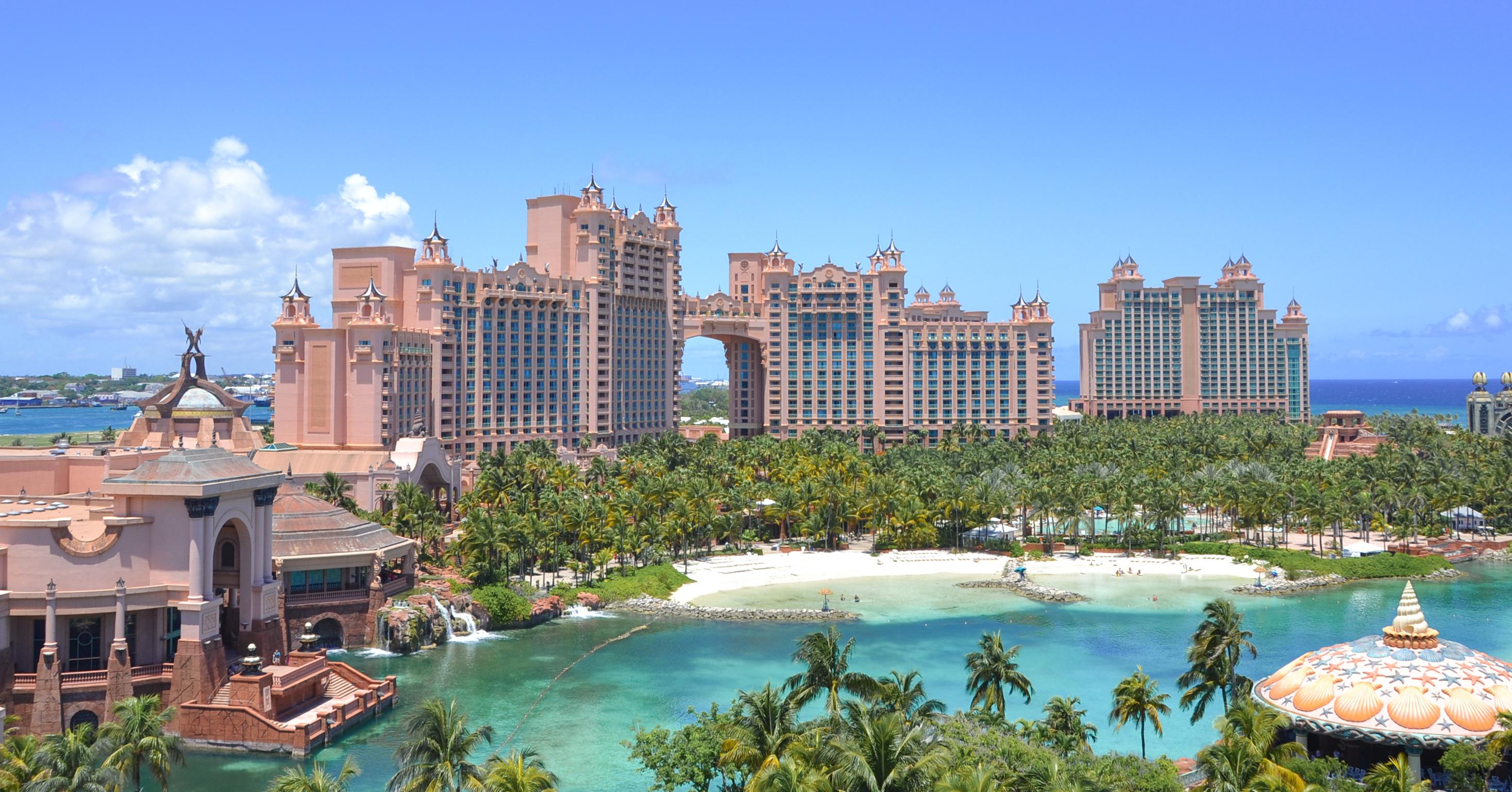 Why You Must Visit Atlantis Paradise Island In Nassau Bahamas