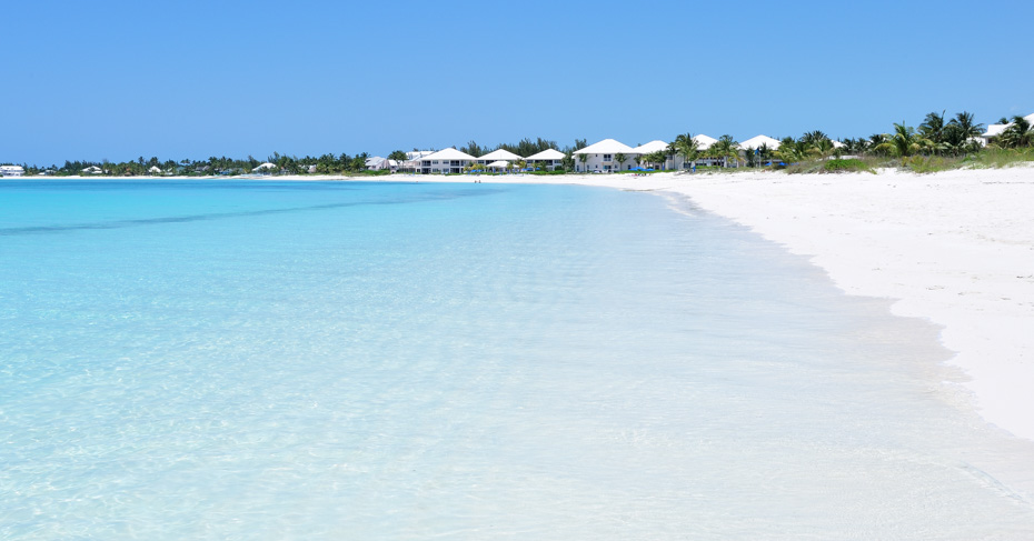Treasure Cay Hotels include the Treasure Cay Resort pictured on the Treasure Cay Beach on Abaco Bahamas. From TReasure Cay marina you can visit Green Turtle Cay and go swimming with pigs bahamas on the ultimate bahamas pigs tour. Copyright Bahamas Ministry of Toursim