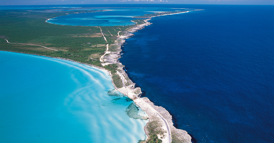Glass Window Bridge Eleuthera Bahamas. Discover Eleuthera Island with Bahamas Air Tours with their flights to North Eleuthera, Bahamas air charters and Bahamas Island Hopping tours.