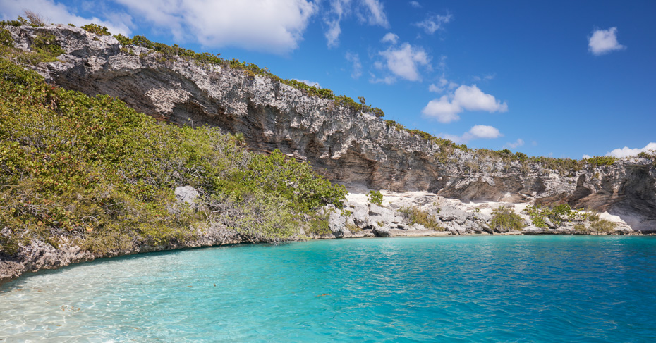Deans Blue Hole Long Island Bahamas, discover the worlds second deepest blue hole on a private bahamas air charter from Miami or Fort Lauderdale.