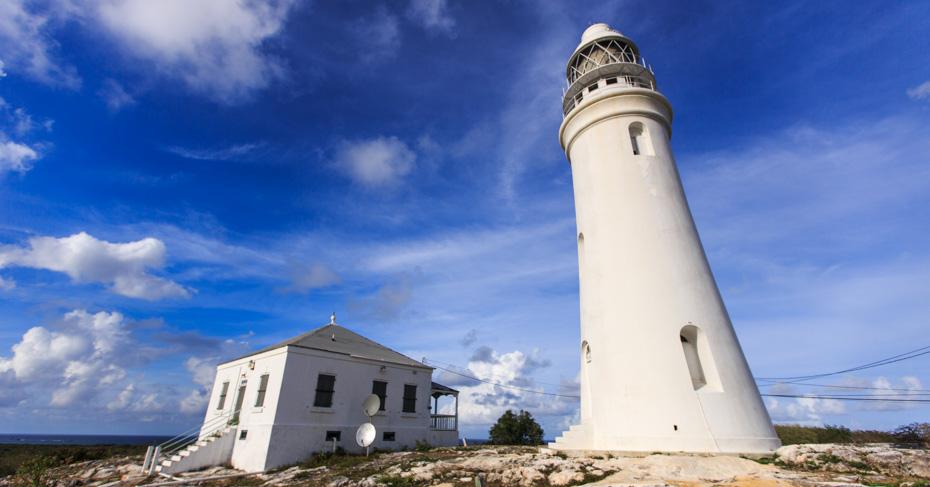 San Salvador Bahamas Dixon Hill lighthouse on a Bahamas cruise with Bahamas Air Tours. Take a private bahamas air charter from San Salvador airport.