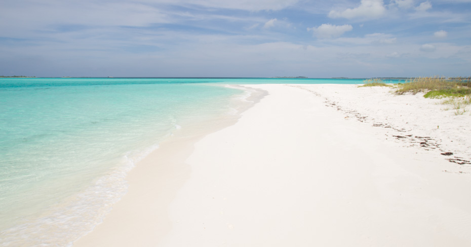 Great Harbour Cay Berry Islands Bahamas. Flying to Bahamas from florida on a private bahamas air charter. Discover the best things to do in bahamas on a Bahamas tour.