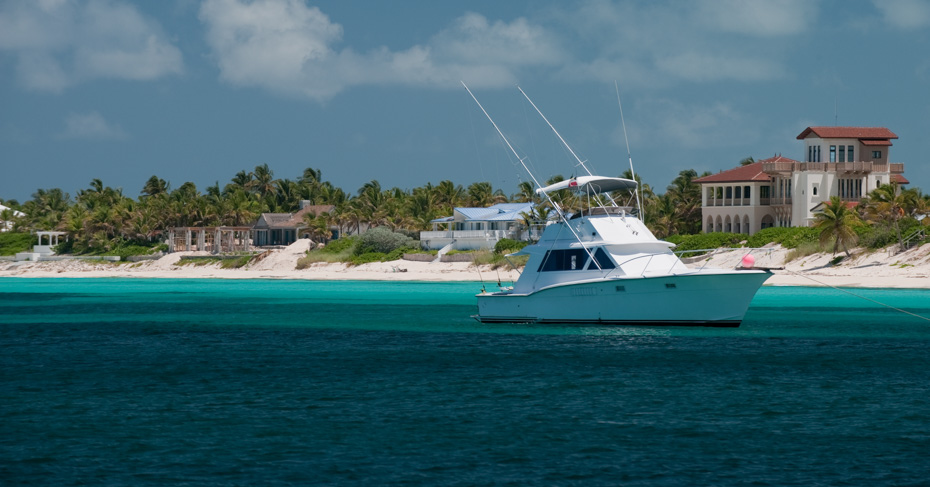 Things to do in Bimini Bahamas. Explore the Bimini islands on a bimini cruise from Miami or take the ferry to bimini from fort lauderdale. Bahamas charter flights instead of the binimi ferry with Bahamas Air Tours