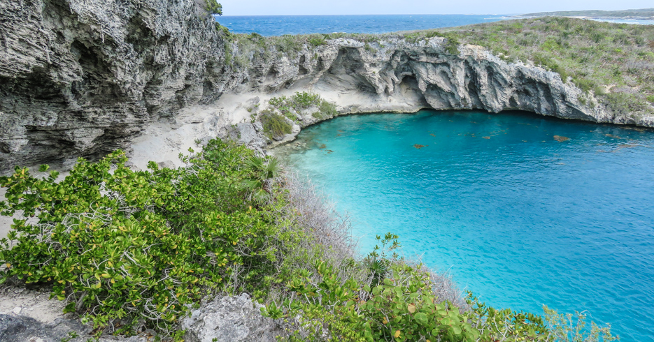 Best diving in the Caribbean; Dean's Blue Hole, Long Island Bahama. The deepest Blue Hole in the World.