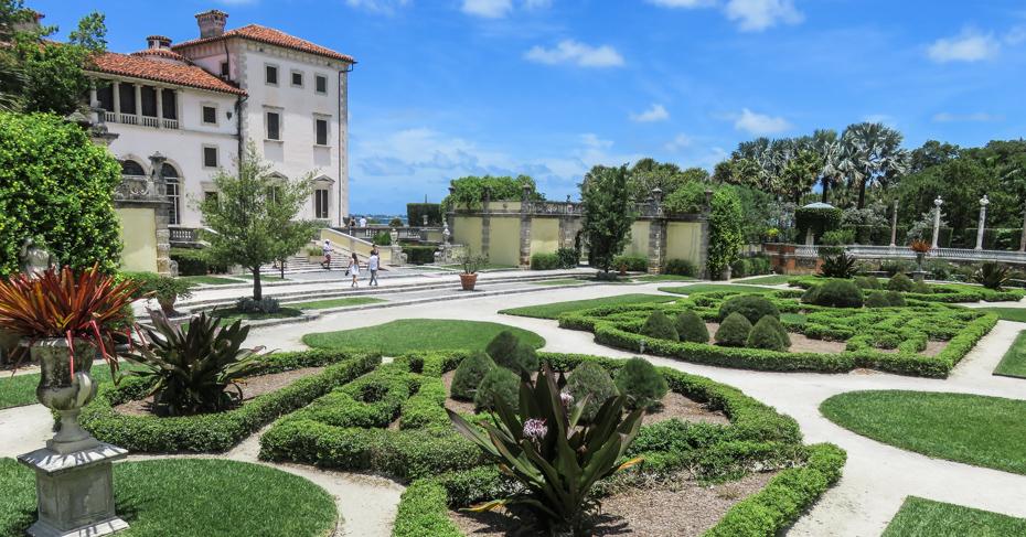 Vizcaya Museum and Gardens - Bahamas Air Tours