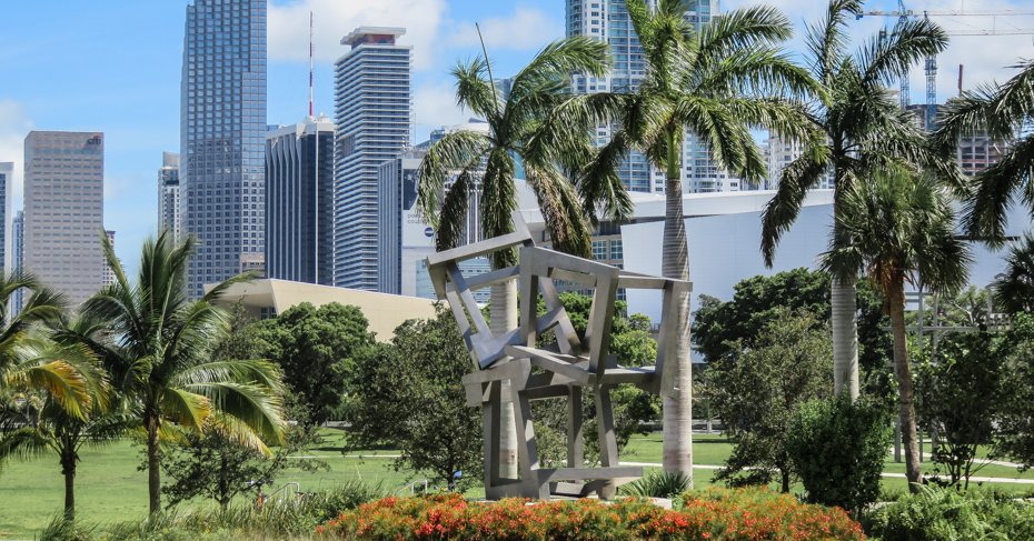 Best things to do in Miami - Downtown parks.