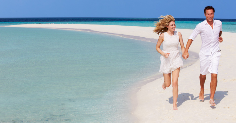 Places to visit in Bahamas include the Exumas, Staniel Cay, Harbour Island, Eleuthera, Abacos, and much more. Discover the best things to do in Bahamas on a Bahamas Island Hopping tour or Bahamas Day Trip from Bahamas Air Tours with flights from Florida to Bahamas.