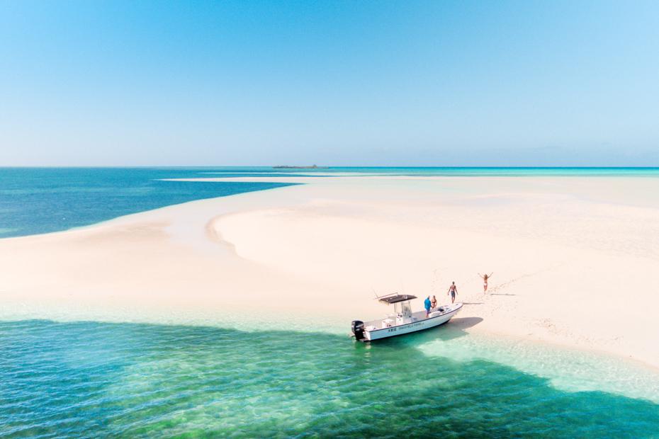 Eleuthera Bahamas Air Tours and visit the best beaches on Eleuthera Island.