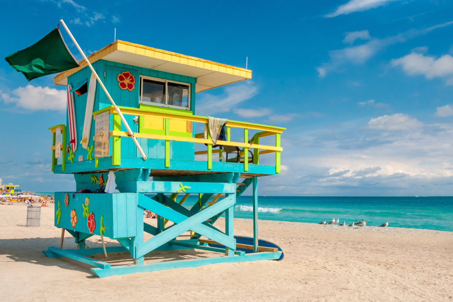 Lifeguard Tower in South Beach, Miami. Best Things to do in Florida and Miami.