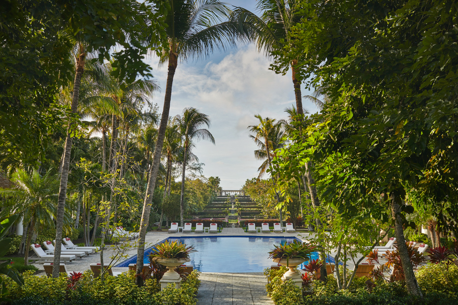 Paradise Island Bahamas Four Season Hotel in Nassau New Providence.