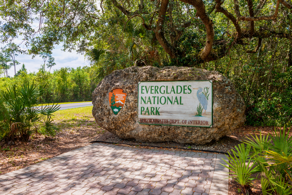 Everglades National Park, Entrance sign to Everglades National Park in Florida, USA. The Everglades is a natural region of tropical wetlands. Everglades Airboat tours and the best things to do in Florida.