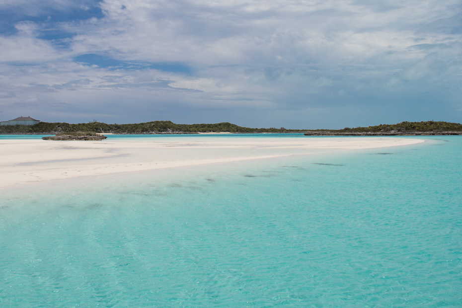 Staniel Cay Sand Bar at Pipe Creek in the Bahamas Exumas. Discover this slice of Paradise on a Miami to Bahamas Day Trip