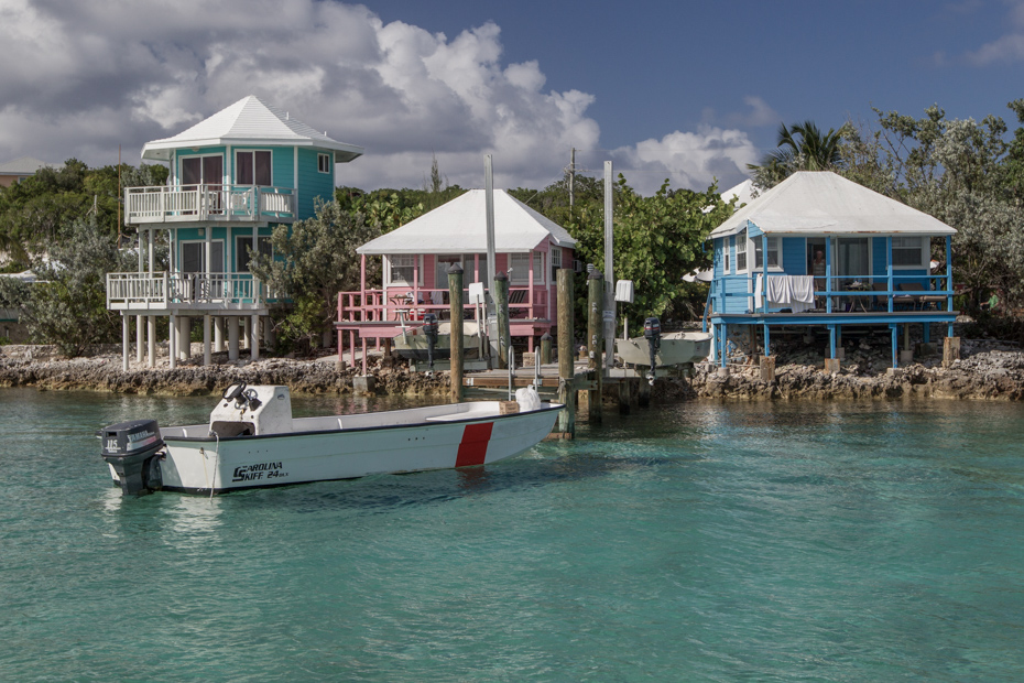 Staniel Cay Hotels include the Staniel Cay Yacht Club Bahamas with waterside bungalows and tender boats for each bungalow.