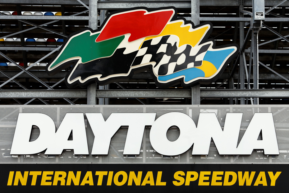 Daytona International Speedway is known nationwide. It is only a short ride from Daytona Beach Florida. Join one of our Staniel Cay Day trip with Bahamas Air Tours today.