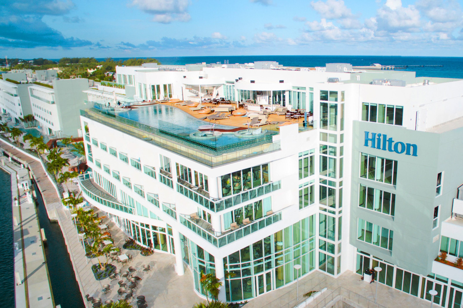 While in Resorts World Bimini check out all the Bahamas activities. Bimini all inclusive resorts are affordable for most on a Bimini cruise. Flights to Bimini from Florida with Bahamas Air Tours are comfortable and fascinating.