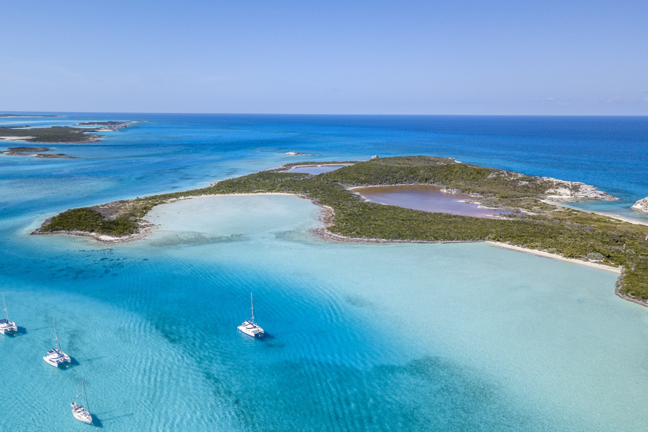 Vacationing in Bahamas will feel like a dream. Planning a trip to the Bahamas is as simple as picking your best time to visit Bahamas and letting Bahamas Air Tours do the rest.