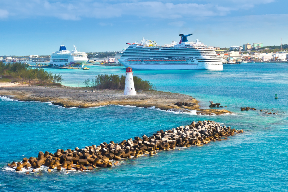 Before your Bahamas vacation, you need to know what to wear on a cruise. Read on for the best cruise attire to make sure your Bahamas holidays are filled with fun and planned ahead of time.