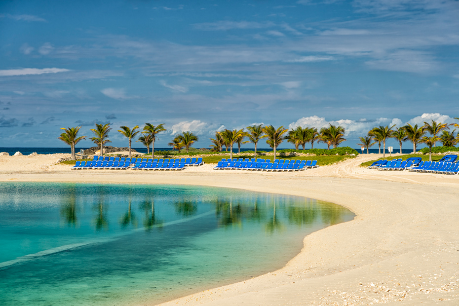 Check out the Great Stirrup Cay excursions on the Norwegian private island. Little Stirrup Cay is right next door. On a Miami to Bahamas day trip with Bahamas Air Tours today.