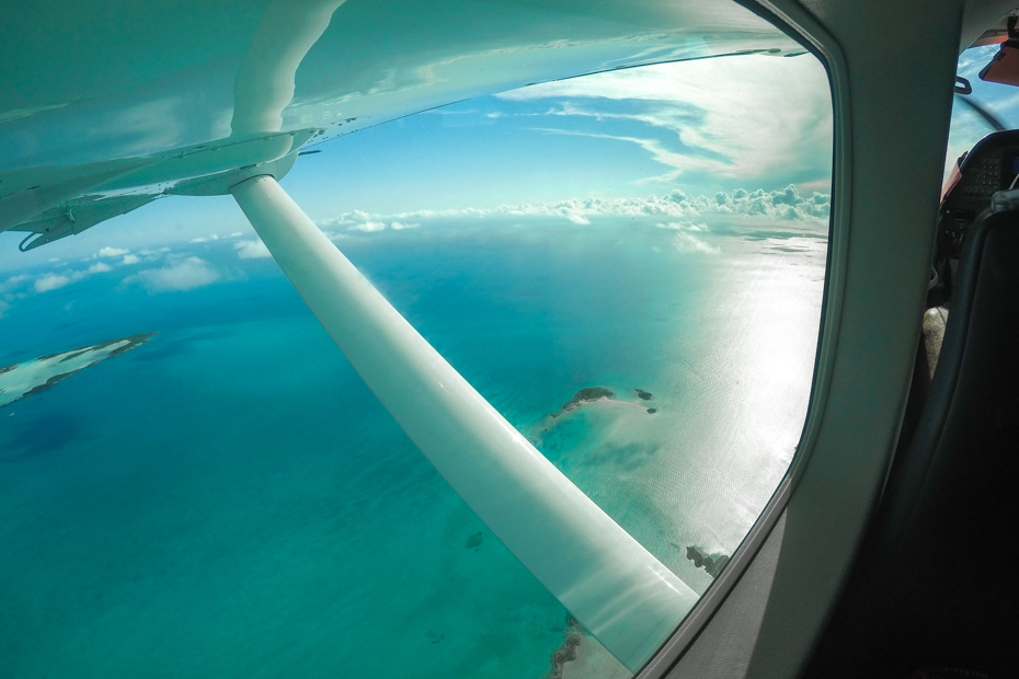 Aerial view on trips to Bahamas from Fort Lauderdale. A Bahamas air charter will take you on Bahamas day trip to see the pigs in the Bahamas.
