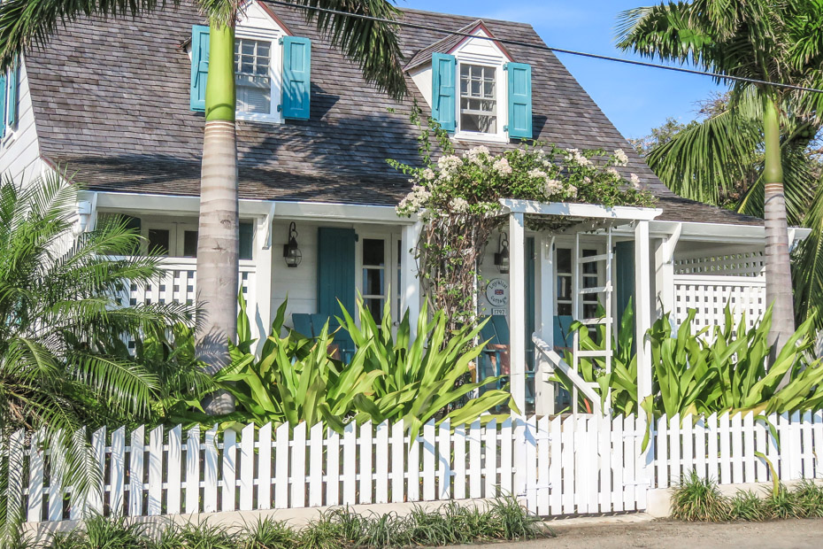 Day Trip to Harbour Island and Loyalist Cottage Dunmore Town on our Bahamas Day Trip by Plane with Bahamas Air Tours.