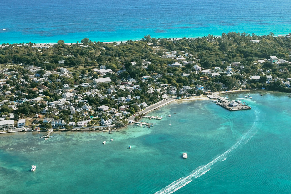 Harbour Island Bahamas Day Trip from Nassau to Eleuthera by Plane. Visit Harbour Islands on a day tour from Nassau