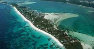 Aerial view of Harbour Island, Eleuthera. Visit Harbour Island and the Pink Sands beach on a Bahamas Day Trip with Bahamas Air Tours from Nassau to Harbour Island Eleuthera