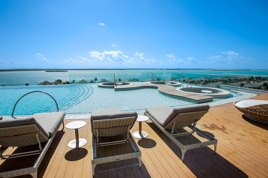 Lay out with a view in Bimini Bahamas. Resorts World Bimini is frequented by many tourists on a Bimini cruise. Miami to Bimini ferry is slow, but flying with Bahamas Air Tours is luxurious.