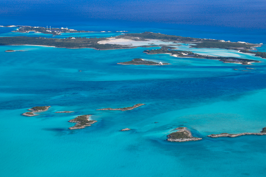 Day trip to Bahamas from Miami Florida by plane. Enjoy amazing views over the Exuma Cays on a Bahamas Air Tours Miami to Bahamas Day Trip by Plane. Fly from Miami to Staniel Cay.