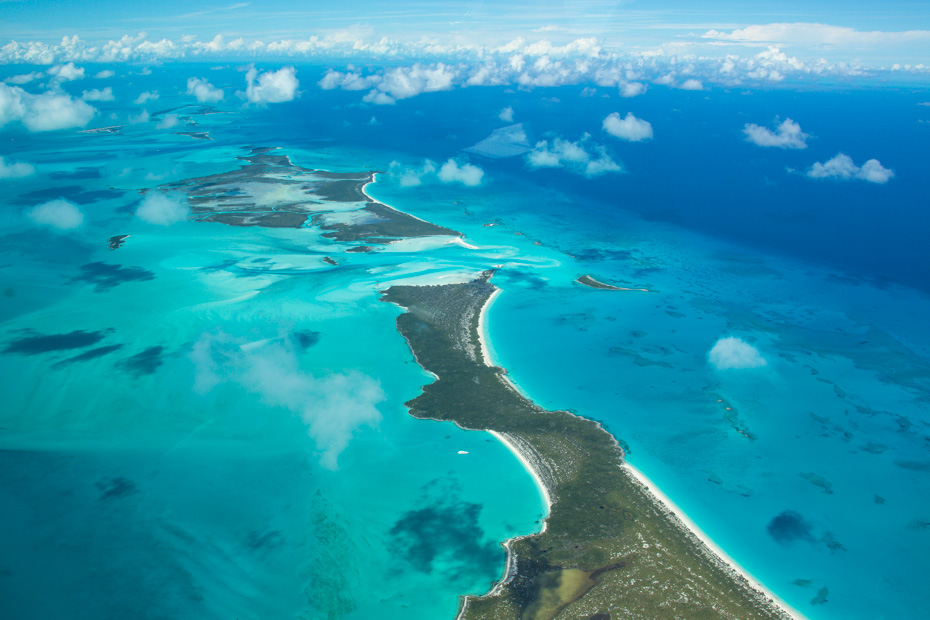 How far is exuma from Nassau? How to get from Nassau to Exuma? Take the plane with Bahamas Air Tours and fly over the exuma cays on your way to the exuma islands.