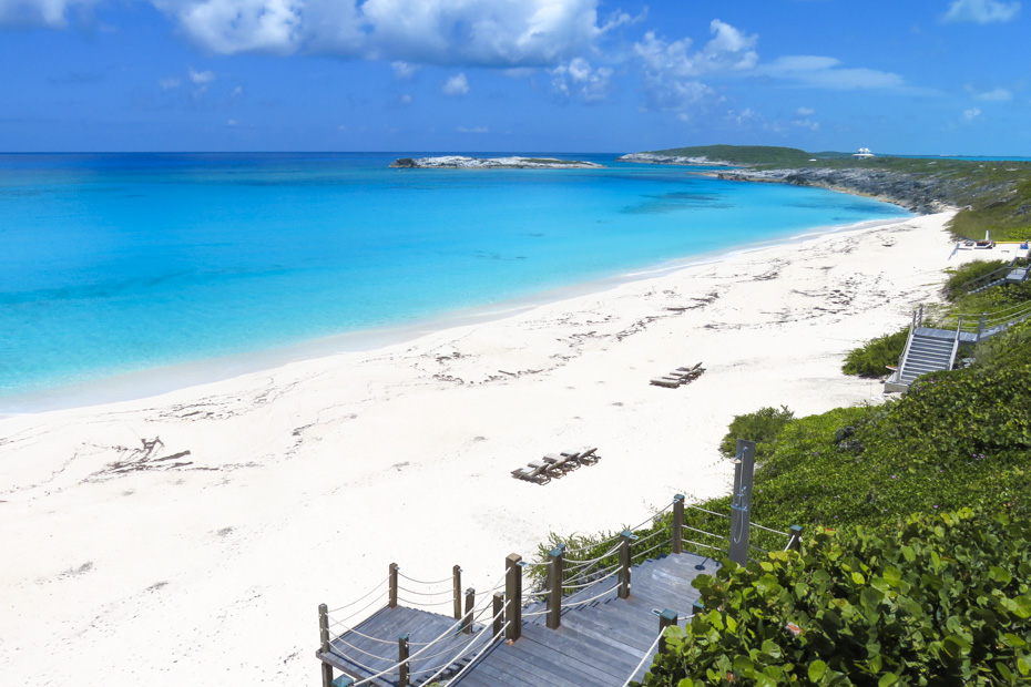 Ocean Beach on Staniel Cay one of the best places to stay in Exuma. Stay at the Water Villas Staniel Cay with Bahamas Air Tours. Best place to stay in Exuma with the quietest and best beaches away from all the crowds at Staniel Cay Exuma