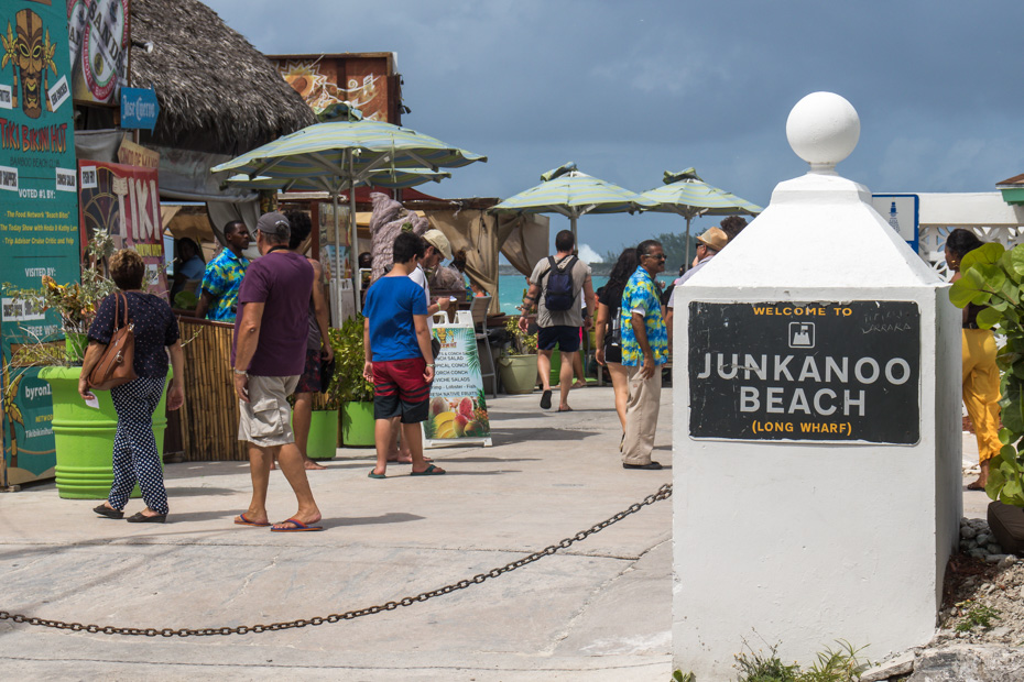Things to do in nassau Bahamas port Junkanoo Beach is a focal point of things to do in Nassau cruise port. Junkanoo beach has many bars and restaurants and is the closest most accessible beach to Nassau cruise port.