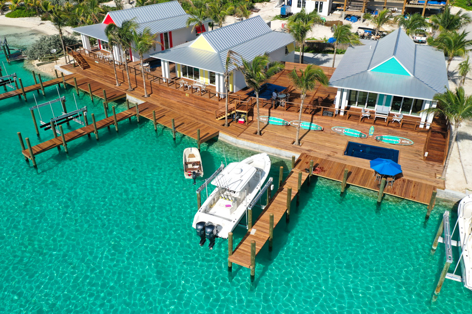 Best place to stay in bahamas exuma at the Water Villas, Staniel Cay Exuma. Lazy Bay Resort is located in Exuma very close to pig beach, swimming pigs island, big major cay, making it the best island to stay in bahamas for visiting the swimming pigs.