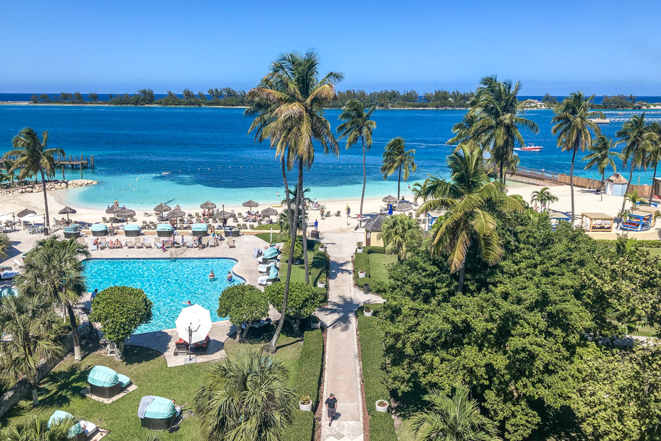 best place to stay in bahamas at Colonial Hilton Nassau hotel, with one of the best beaches in Nassau New Providence. Located next to the Nassau Cruise Port it makes it one of the best place to go in the Bahamas with simple connections to most Bahamas Islands.