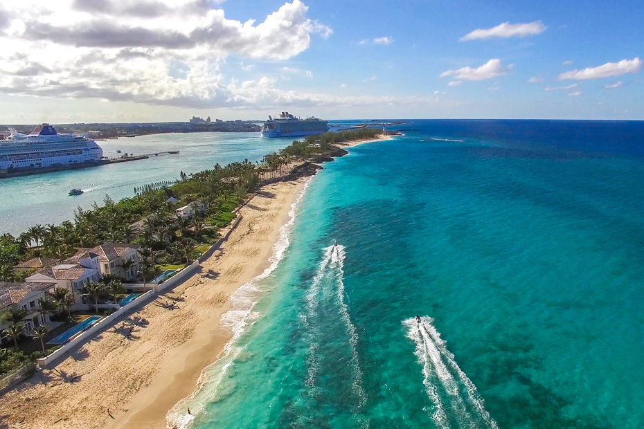 Best Excursions in Nassau: Fly to the Exumas