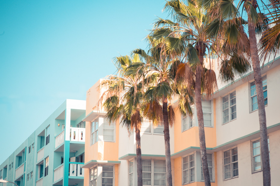 What to do in South Beach Miami Florida - visit the Art Deco district in South Beach, one of the most popular things to do in Miami Florida.