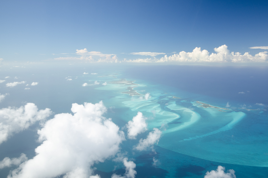 Take a flight to Pig Island Bahamas in the exotic Exuma Cays. A day tour to Bahamas made exclusively for you to go swimming with pigs.