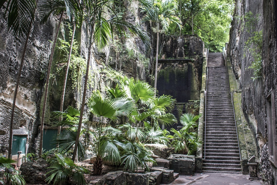 The Queen's Staircase in Nassau, Bahamas. Know what to do in Nassau for one day when you go on your Bahamas vacation.
