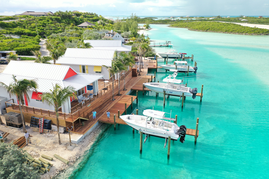 Top Staniel Cay Accommodations for visiting the Exuma Bahamas Swimming Pigs